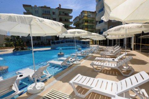 Фотография бассейна комплекса Yekta Plaza Residence