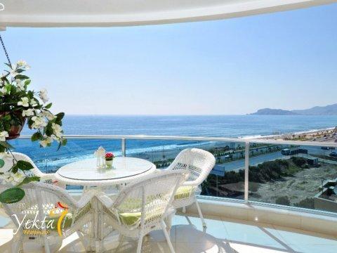 Фотография балкона номера Yekta Queen Residence