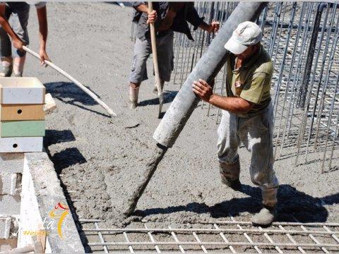 Фотография заливки бетона