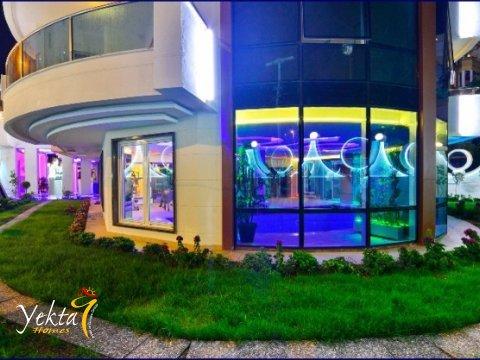 Фотография вечернего Yekta Queen Residence