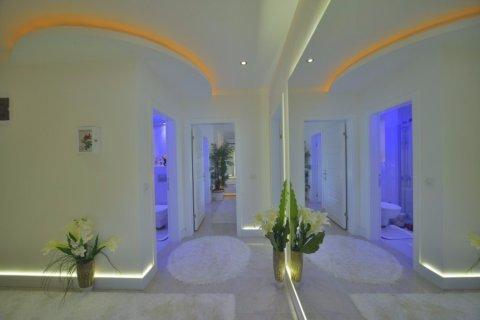 Фотография прихожей в номере Yekta Towers Residence