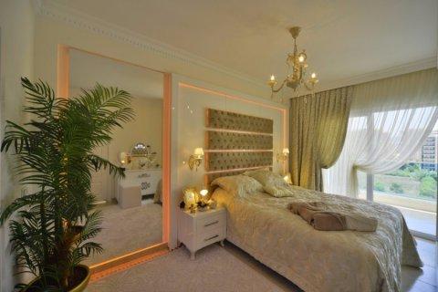 Фотография спальни в номере Yekta Towers