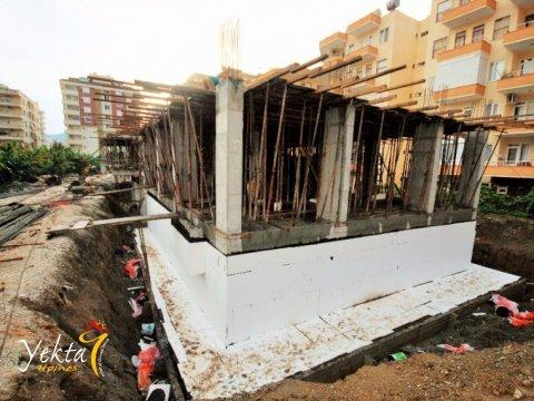 Фотография начального этапа строительства