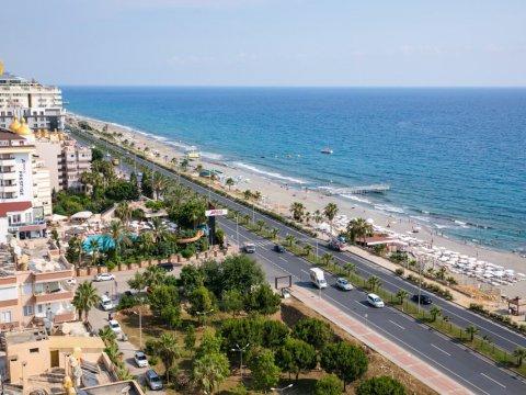 Какие существуют законодательные ограничения для иностранных граждан при покупке недвижимости в Турции?