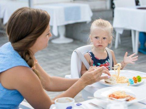 Можно ли оформить вид на жительство для членов семьи?