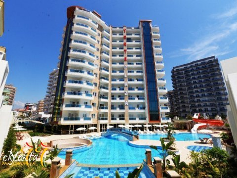 Фотография комплекса Yekta Plaza Residence с бассейном