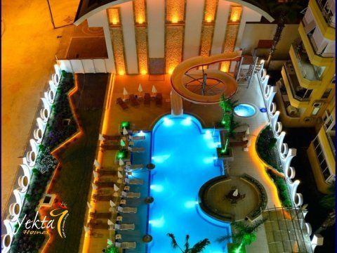 Фотография бассейна комплекса Yekta Queen Residence