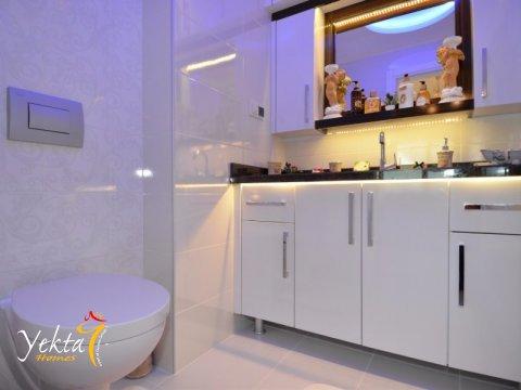 Фотография ванной комнаты в номере Yekta Towers Residence