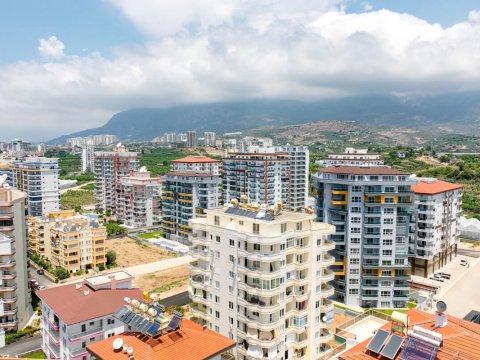 Если я куплю недвижимость в Турции, вид на жительство надо оформлять сразу? Какие документы потребуются, чтобы сделать запрос на ВНЖ?