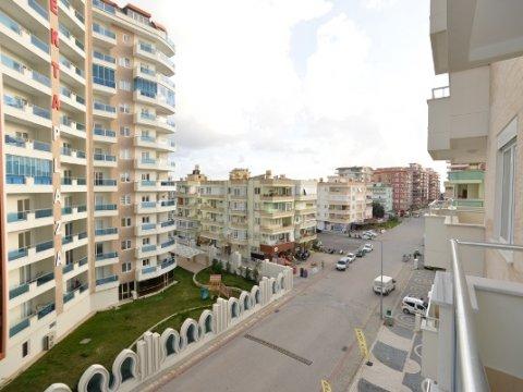 В 2020 году в Турции продали жилья, коммерческих помещений и земли на сумму 501 миллиард 975 миллионов лир